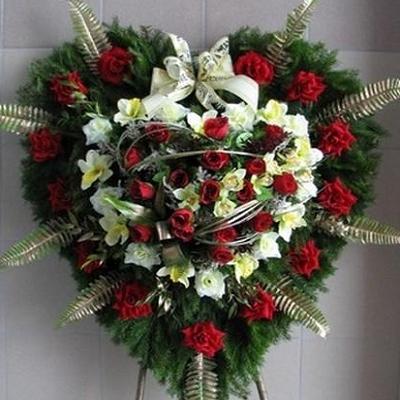 wieniec pogrzebowy 21 serce