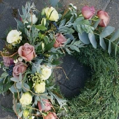 wieniec pogrzebowy 24